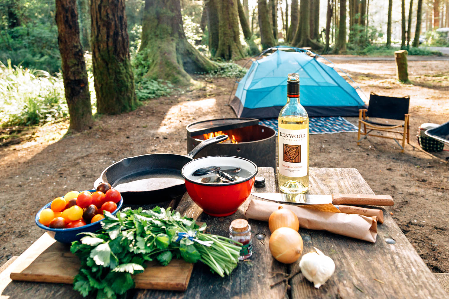 All of the ingredients you need to make seafood paella while camping!
